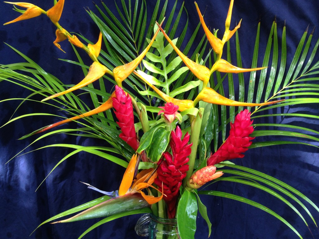 The finished tropical flower arrangement